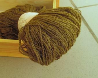 100% Wool yarn for knitting  Moss Green 100g N 8/2