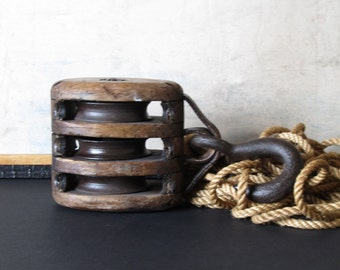 Large vintage pulley, iron and wood pulley block, industrial oulley, farmhouse decor