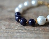 Navy blue bracelet with glass pearls Classic white and navy nautical summer bracelet Office summer fashion jewelry
