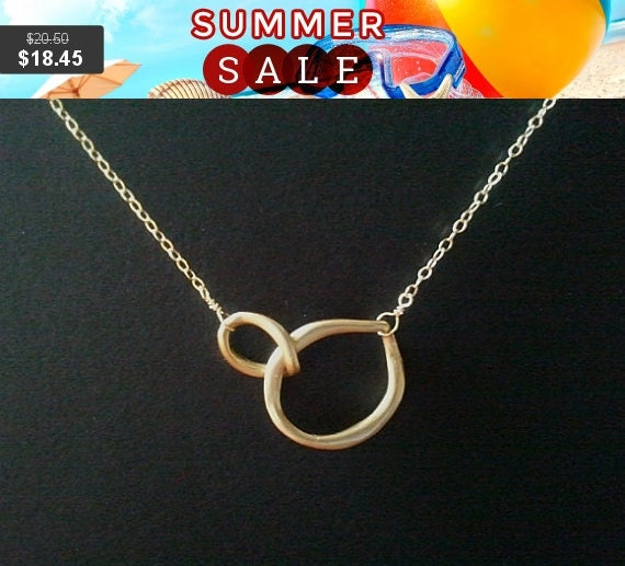 Infinity Necklace, Circle Pendant Necklace, Bridemaid Bridal Wedding Jewelry, statement Christmas Gift