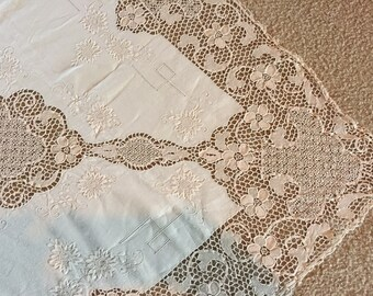 Antique Point de Venise Lace and embroidered Linen Tablecloth