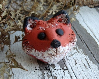 Foxy Loxy- polymer clay charms. red fox kit bead. realistic fox. ginger. white. black. rustic fox beads. Jettabugjewelry