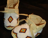 Beaded Baby Moccasins 6 to 12 mo by Tribal Artist Free Shipping