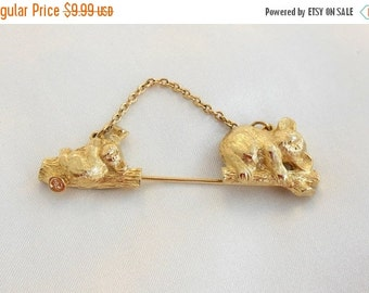 "Biggest Sale Ever Vintage Pin  Bear Brooch By Avon "" Mothers Love"""