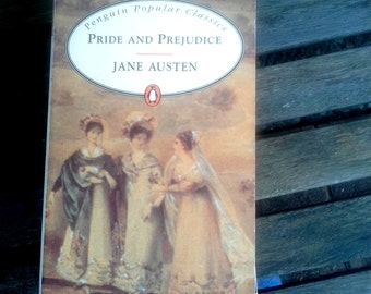 Jane Austen, Pride and Prejudice, Penquin Popular Classics, Classic Novel in paperback