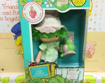 1981 Lime Chiffon with Parfait Parrot with original box
