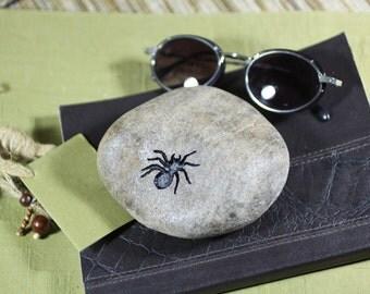 Spider engraved stone