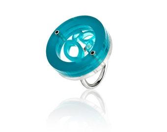 Perspex Circle Leaf Ring
