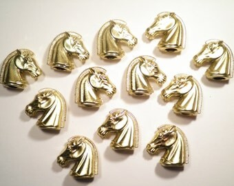 12 Goldplated Lucite Plastic Horseheads with 7mm Hole