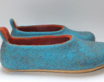 Felted slippers, woman house shoes, TURQUOISE Orange, natural wool slippers with rubber soles