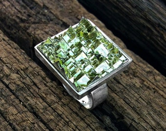 Bismuth Ring, Adjustable Ring, Fractal, Artistian Bismuth Jewelry from a Bismuth Geode