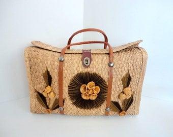 Vintage Straw Purse Beach purse Souvenir Handbag 1960s Embroidered tote Shabby chic Chocolate Brown Saffron