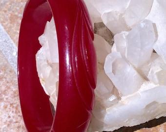 Deeply Carved Cherry Bakelite Bangle Red Carved Bakelite Bangle Bracelet Translucent Swirl Authentic Antique Bakelite