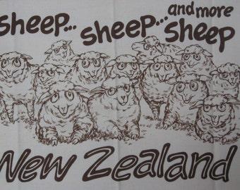 Vintage Cotton Tea Towel, New Zealand Souvenir Towel, Novelty Tea Towel, Funny Tea Towel, Many Sheep, NOS
