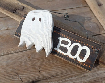 Boo sign, ghost sign, ghost decor, Halloween decor, Halloween sign, Reclaimed wood sign, fall sign, Halloween decorations, friendly ghost