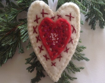 Christmas tree decoration, christmas tree ornament , hanging heart, heart decoration , felt heart