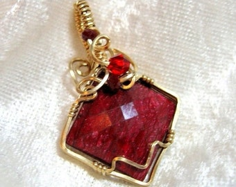 18x18 Genuine Ruby Pendant Wire Wrapped 14K Gold-filled (14/20) Sq. Wire