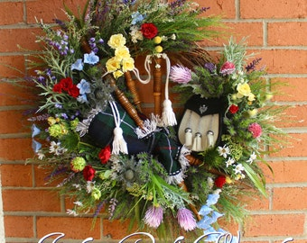MADE TO ORDER Scottish Highland Bagpipes and Sporran Wreath, Scotland Floral Wall Art,  Heather Wreath, Scottish Thistle Wildflower Wreath