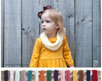 Toddler Infinity Scarf - Baby Scarf Knit - Kids Christmas Gift - Girls Fall Outfit - Toddler Gift - Child Scarf - Girls Scarf Toddler Cowl