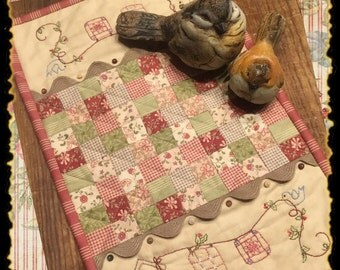 Quilted Friends Candle Mat