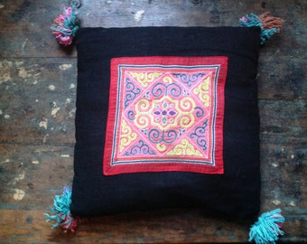 Appliqué Vintage cushion cover