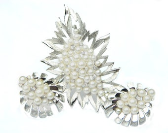 Crown Trifari Silver Pearl Demi Parure Vintage Modern Design High Fashion Crystal Sparkle Jewelry Wedding Bride Set Modern Art Deco Style