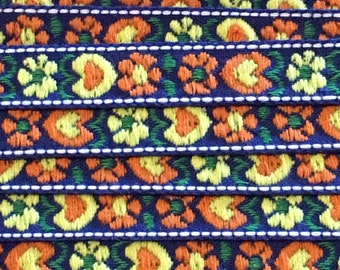 Scandinavian style flowers and hearts woven cotton fabric trim - Blue
