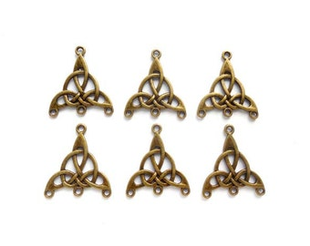 6 Antique Bronze Celtic Knot Connector/Charms - 1-CH-10