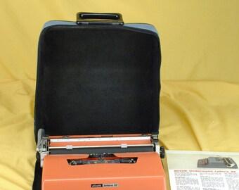 Mint Refurbished 1976 Olivetti Lettera 32 Portable Typewriter W/ Warr