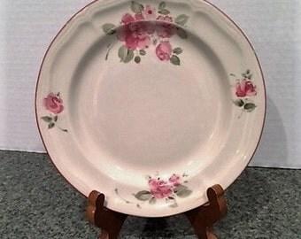 Vintage Gibson Designs Salad/Dessert Plate in Roseland Pattern