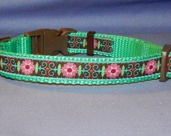 Small Flowers collar