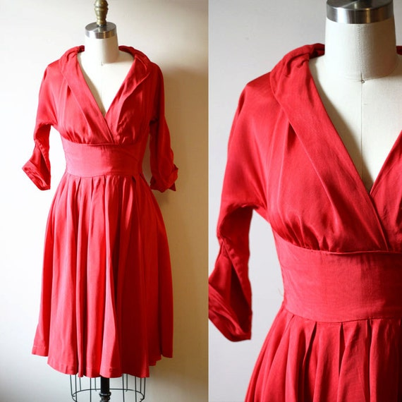 1950s Red dress // swing dress // vintage dress