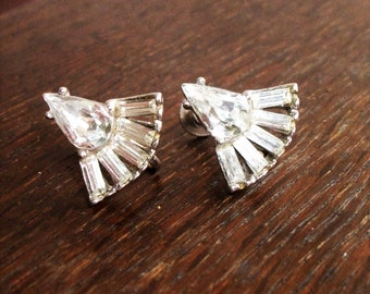 Vintage Weisner Screw Back Earrings