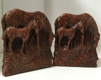 Syroco 1930s Vintage Bookends Mama Horse Grazing with Her Baby