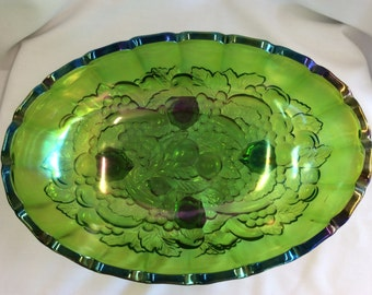 Vintage Green iridescent carnival glass grape leaf bowl