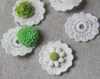 12 pcs of lace trim round charm/connector 30mm 100% cotton-1966