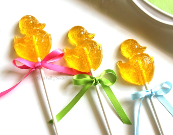 Girl Baby Shower Favors, Farm Baby Shower, Farm Party Favors, Duck Baby Shower, Duck Birthday, Duck Party Favors, Barley, 12 Lollipop Favors