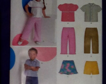 Uncut Pattern - New Look 6880 - Toddlers top, skirt, pants and shorts = size 1/2, 1,2,3,4