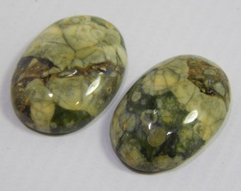 Green Jasper Gemstone Smooth Loose Cabochon Oval Shape New Arrival.