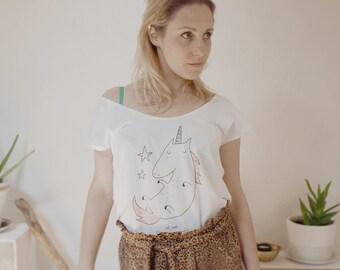 "Tshirt  woman ""In unicorn we trust"""