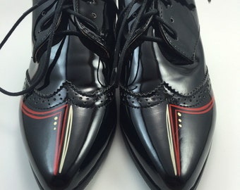 Vintage Freehand Pinstriped Shoes