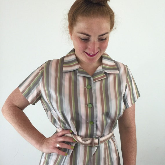 1950s shirtwaister striped satin finish acetate deckchair stripey early 1960s UK 14 16 day dress pastel handmade