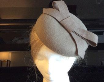 Merino Wool Fascinator Hat - Toffee Grey Bow Knot hat, pillbox hat, round wool fascinator