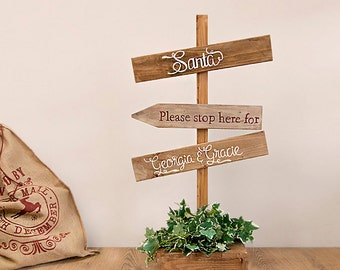 Rustic Christmas Sign Post