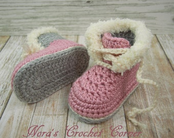 Baby Girl Crochet Boots, Shoes with Fur Trim, Pink and Gray