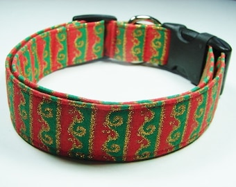 Charming Red & Green Glitter Gold Scrolls Dog Collar