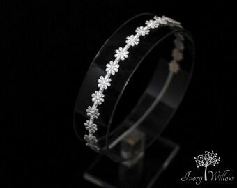 White Daisy Headband - Petite White Daisy Chain Headband - Flower Girl Headband - Halo Headband - Photo Prop - Baby Headband - Adult