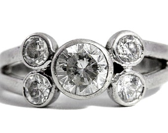 Cubic Zirconia Brilliant Silver Ring