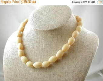 15% off Sale Vintage Hawaiian Pikake Necklace