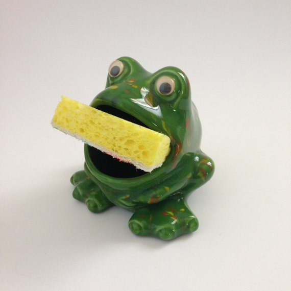 Vintage ceramic frog sponge holder green with google eyes - Frog sponge holder kitchen sink ...